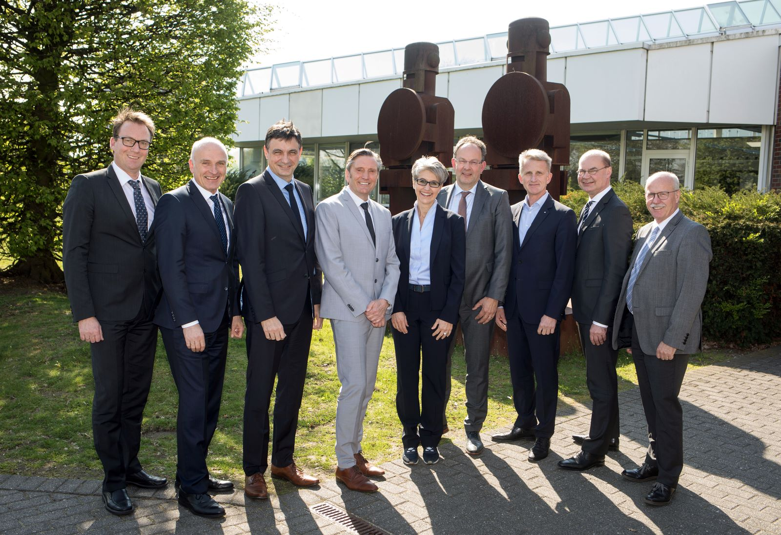 Managing Director Ralf Schwartz Re-Elected as Chairman of the